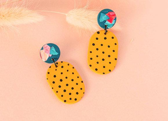 Charlotte oval in dots earrings - Black Tropicana
