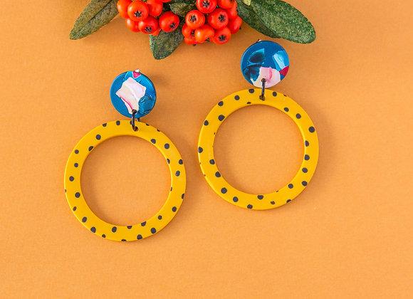 Charlotte big hoops in dots earrings - Black Tropicana