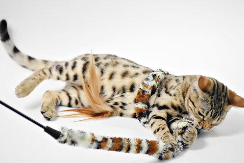 Plumeau léopard pour chatons et chats . Savanna feather duster .