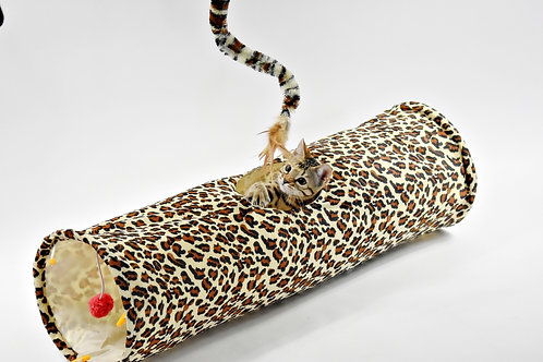 Tunnel magique léopard pour chatons et chats . Leopard magic tunnel .