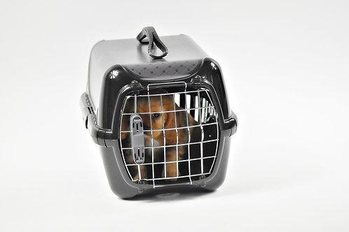 Caisse transport noire pour chatons/chats/chiots . Black transport case .