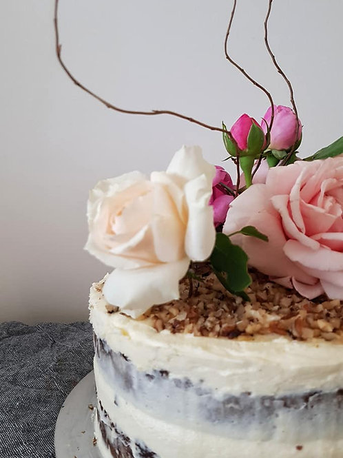 Small Celebration Cake - Serves up to 15 people