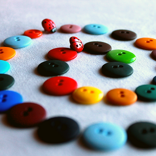 Crafternoon Mini Craft Box: Button Art