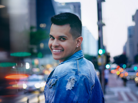 Rômulo Lopes é convidado para representar LGBTs no carnaval de SP