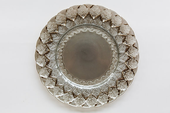 LEAF PEWTER GLASS CHARGER