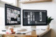 apple-computer-desk-devices-326501.jpg