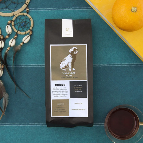 Verpackungsillustration: Von Hermanns Kaffee - Winnender Mops
