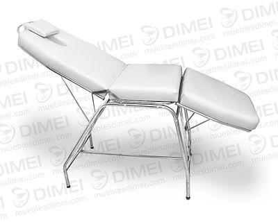 Cama para faciales y masajes adaptable a tres posiciones (queda totalmente horizontal o como silla),con estructura tubular cromada para darlesoporte y durabilidad.