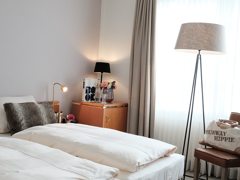Zimmer Standard.jpg