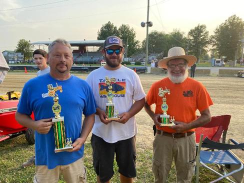 25 hp stock twin 1st Brian Cox 2nd Blake Barry 3rd Steve Schultz.jpg