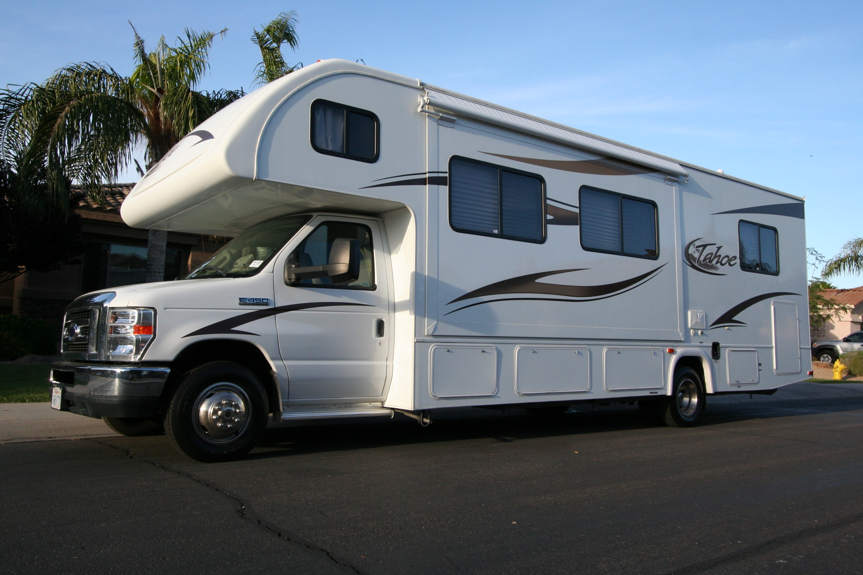 31C RV for Rent Class C