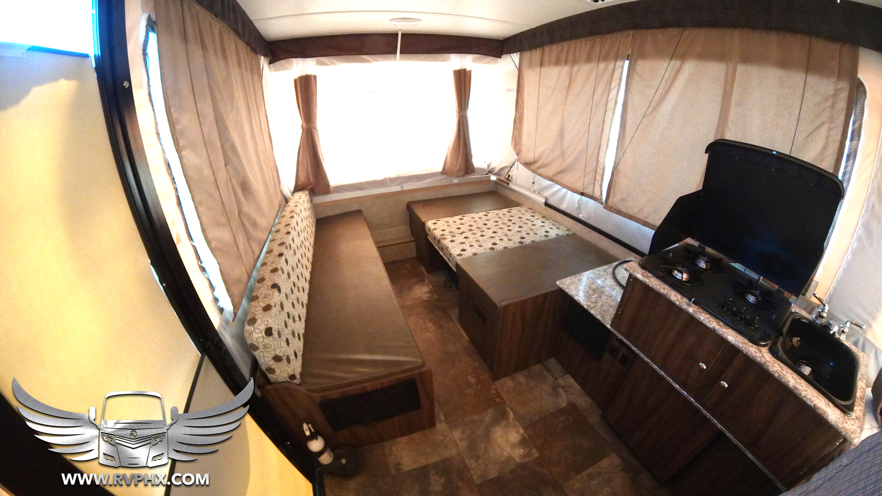 Interior 108ST Pop Up