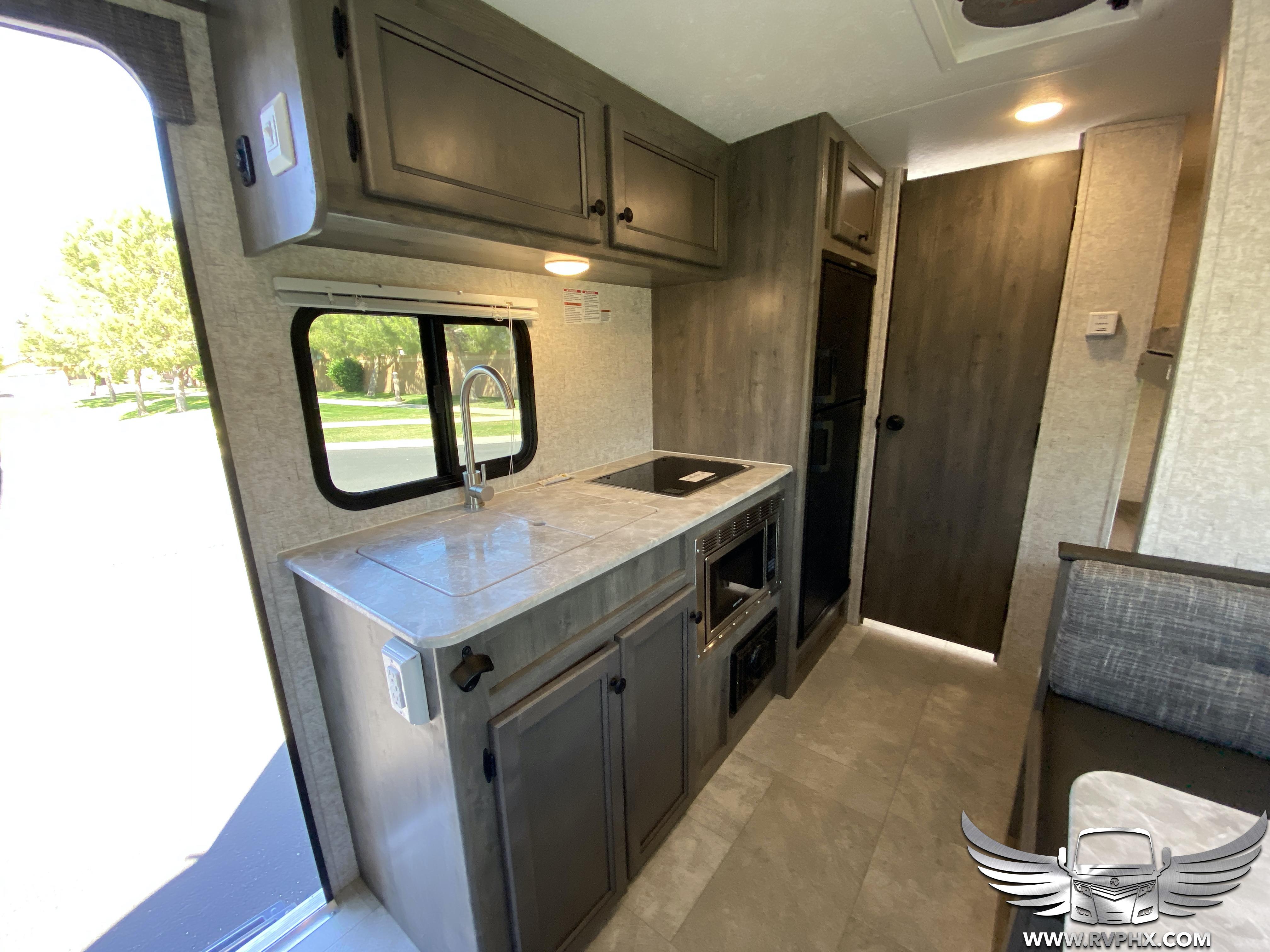 185bh Kitchen