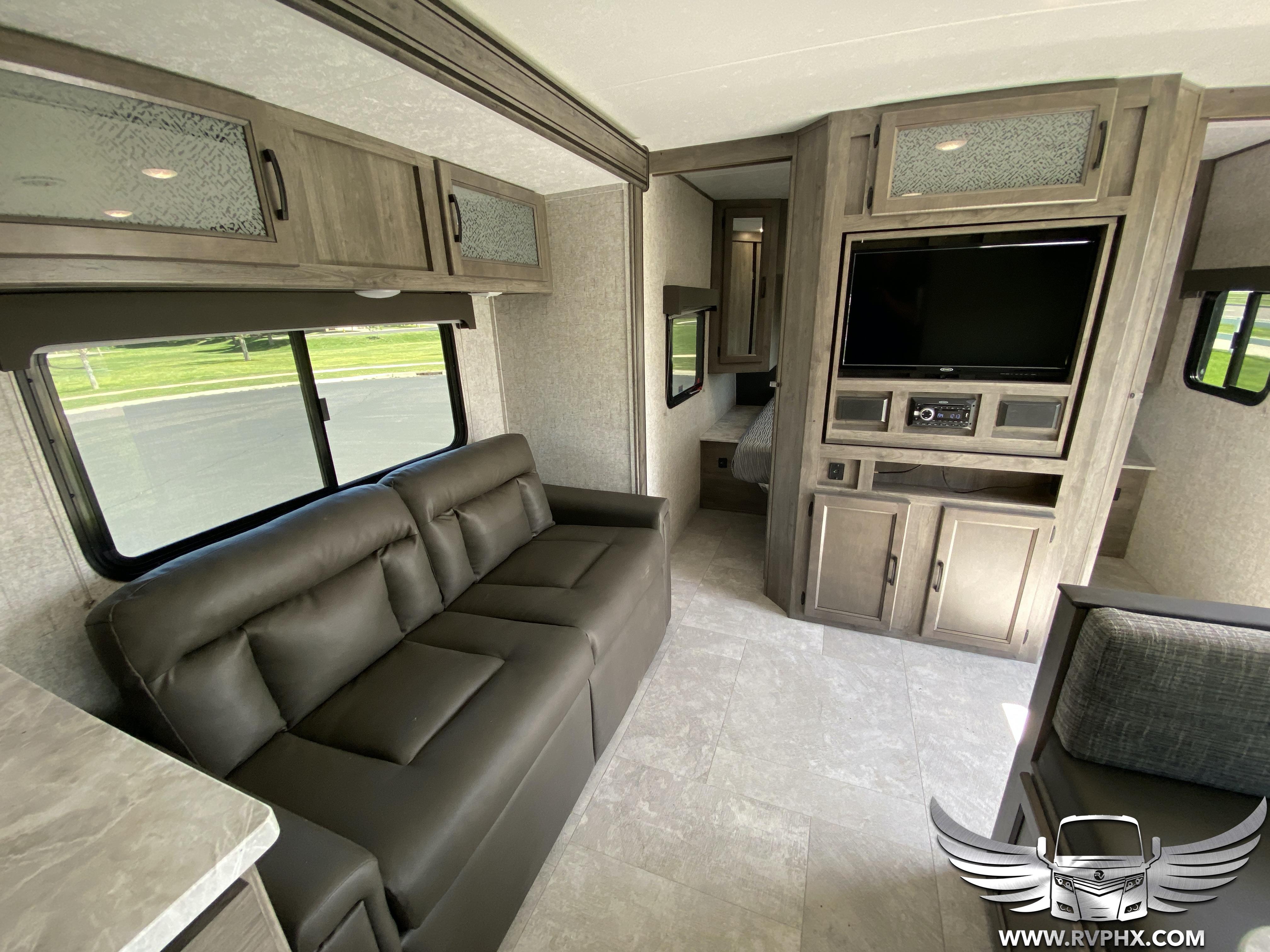 300BHS interior 1