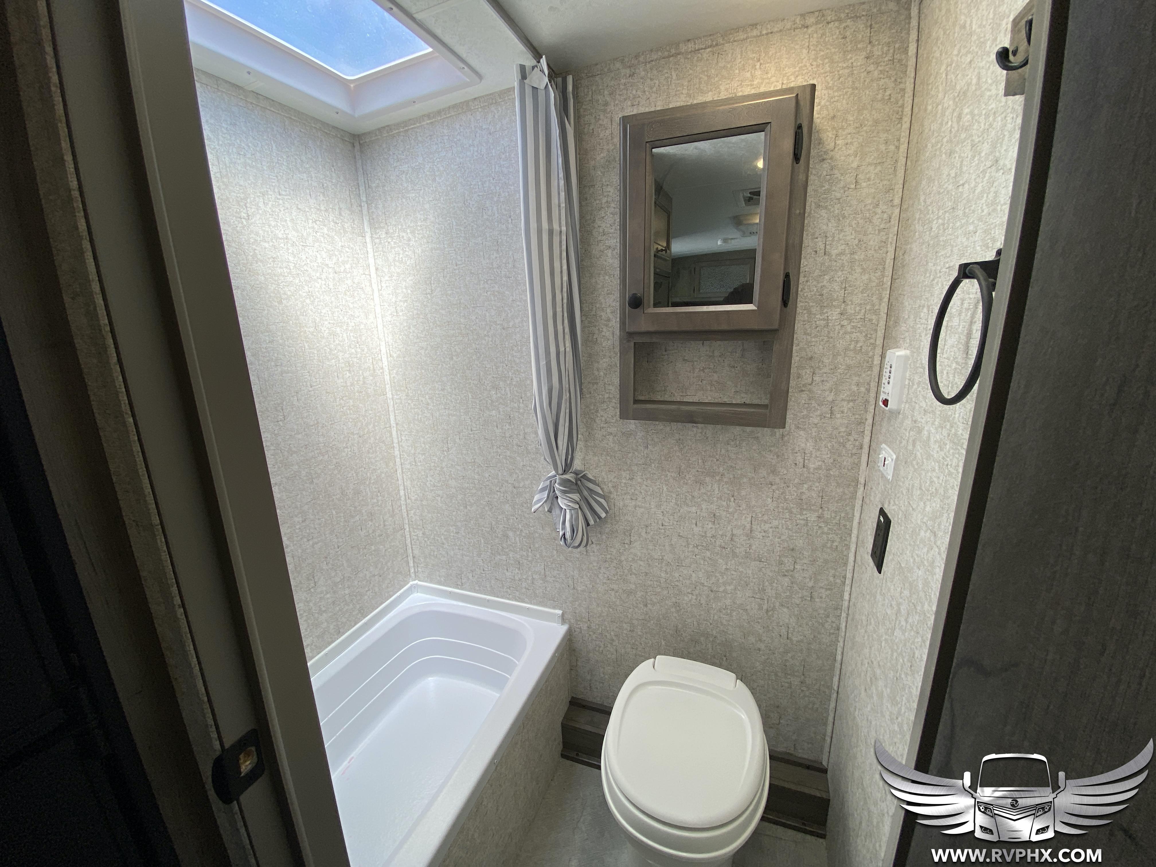 185bh Bathroom