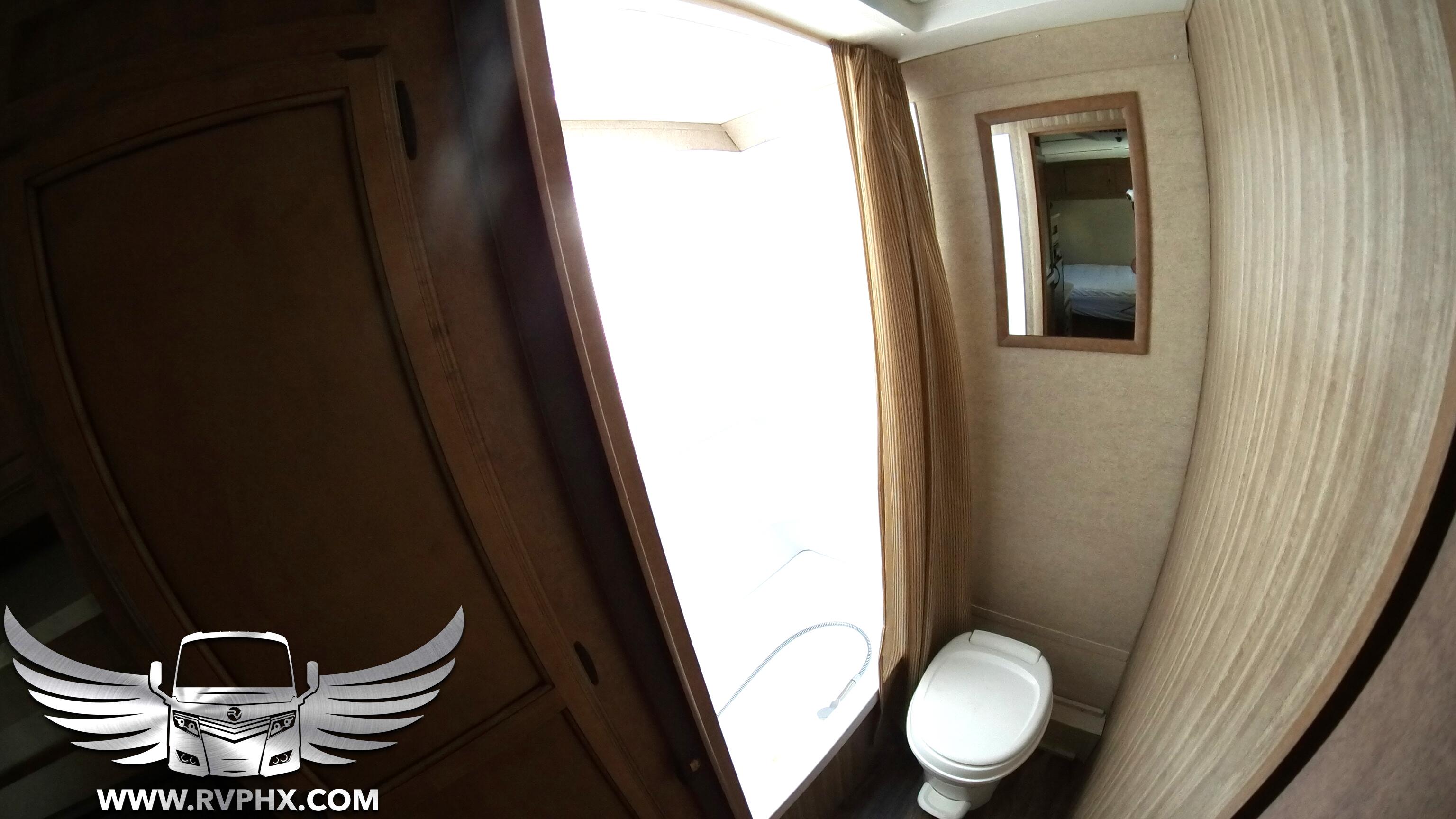 17BH Bathroom