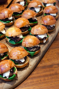 About Feast CateringNewcastle Catering, Hunter Valley Catering, Functions Catering, Corporate Catering, gourmet food, finger food, Christmas catering, morning tea, dinner party, boardroom, lunches, dinner, menu, Tracy Roddenby, Cooks Hill, Caterer, Feast,