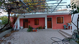 House with large yard for rent in Eresos