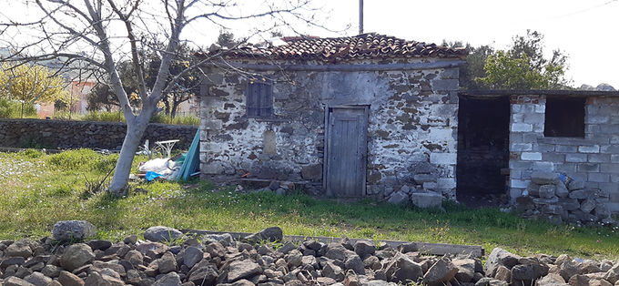 It is for sale in Eressos in the area of Psinia and very close to the OSHO meditation center