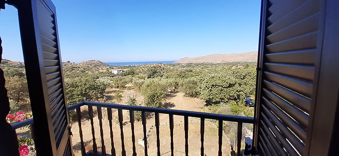 A stone house with a view for sale in the area of Psinia Eressos