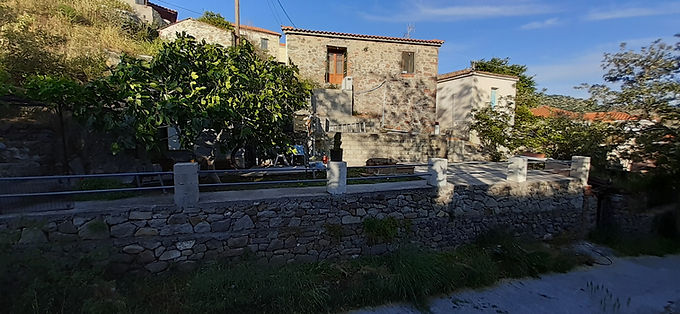House for sale in Eressos in very good condition