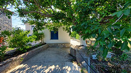 Furnished house for rent for holidays in the plain of Eressos Lesvos