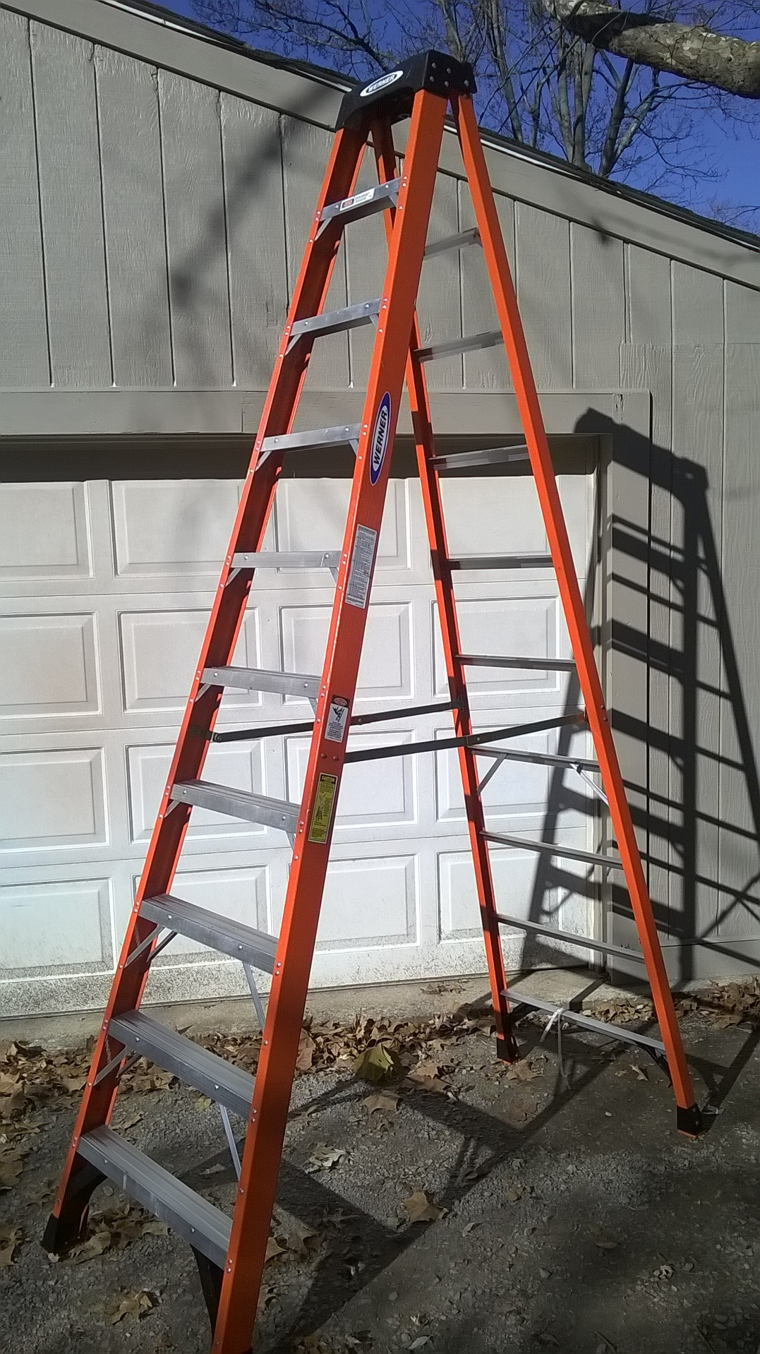 WERNER 10-FOOT STEPLADDER