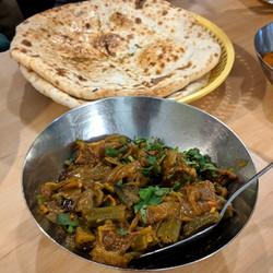 Bhindi Gosht & Naan