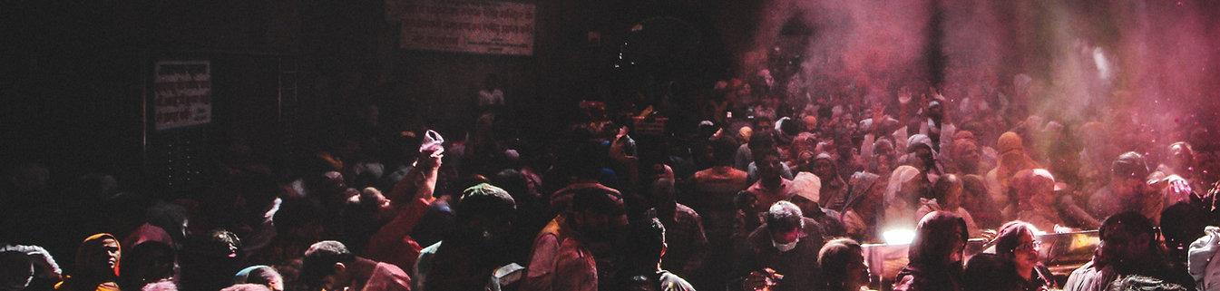 audience-crowd-holi-2056600.jpg