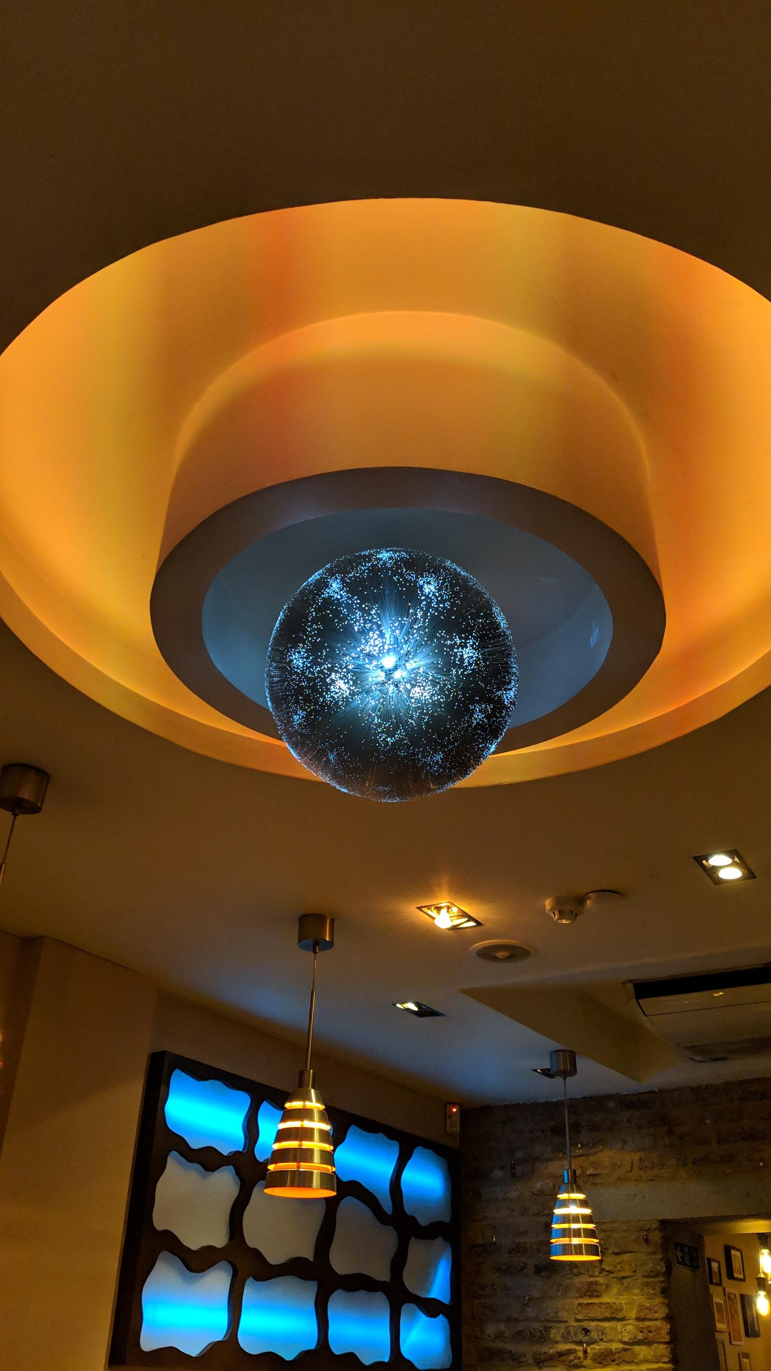 Fibre optic glitter ball