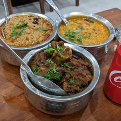 Baghare Baigan, Bhuna Gosht, Tadka Daal