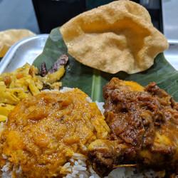 Banana Leaf Rice & Chicken Peratal