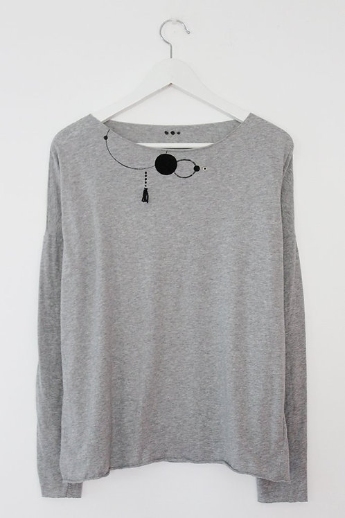 Grey shirt with black circles print