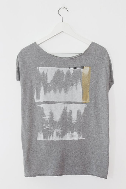 Heather Grey T with abstract print