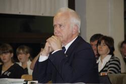 Schiri Neubauer