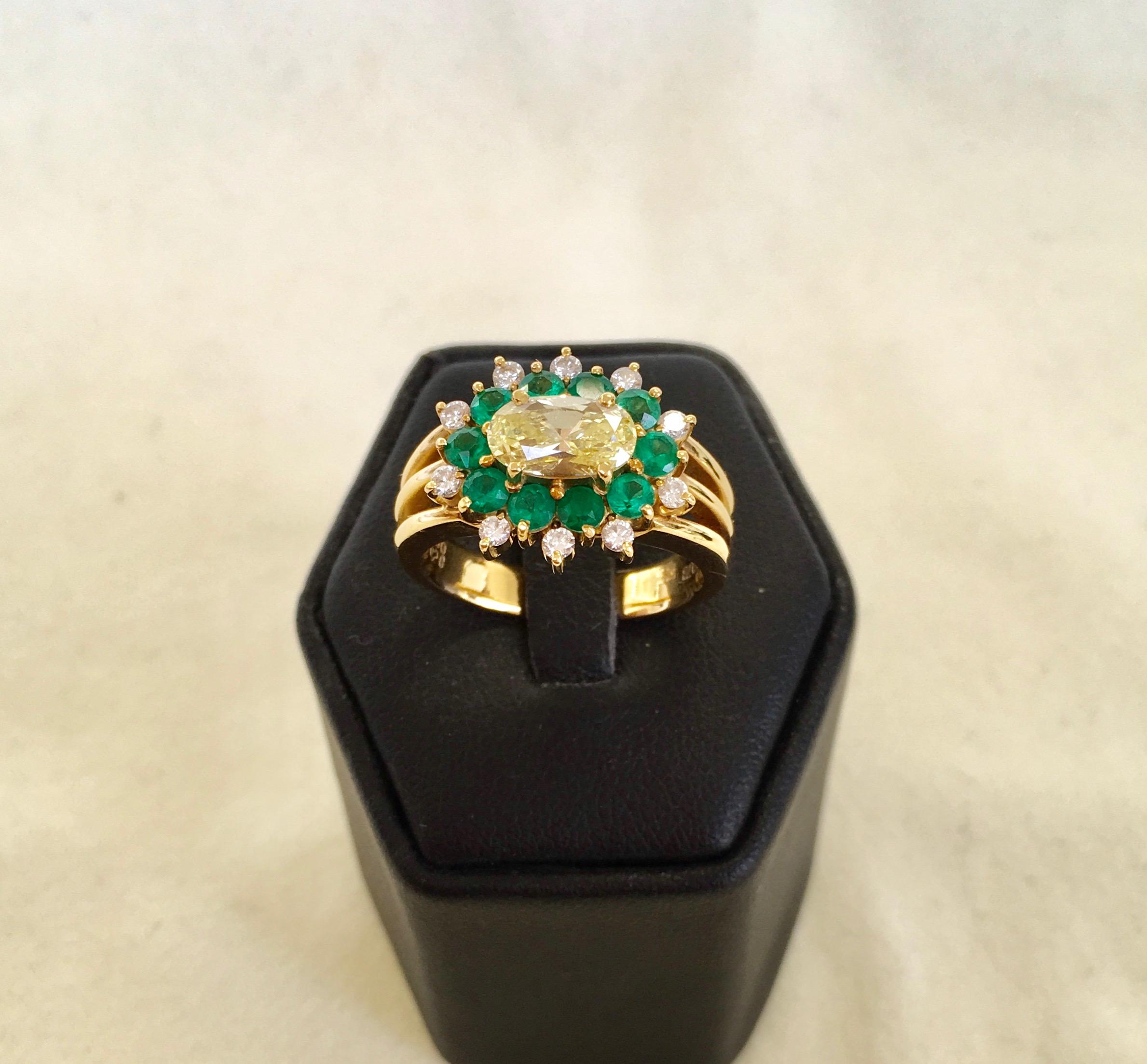 Fancy Diamond & Emerald ring
