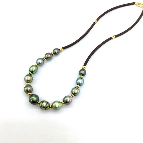 Tahitian Baroque Pearl necklace with rubber cord