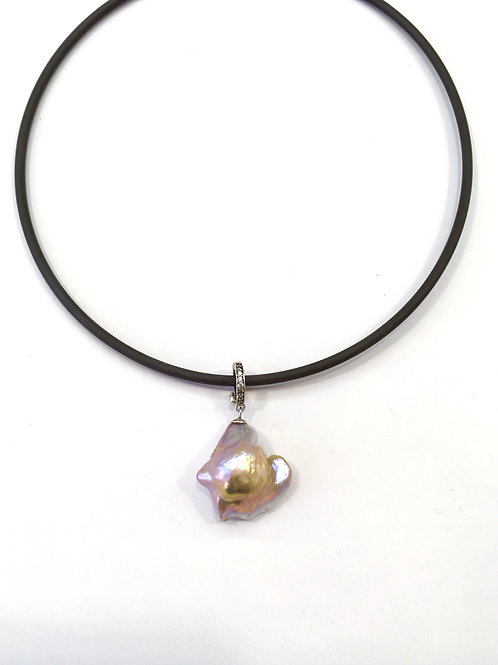 Large Pink Freshwater Pearl on rubber necklace
