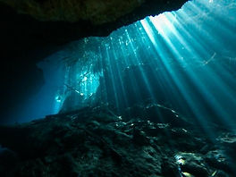 amazing cavern dives