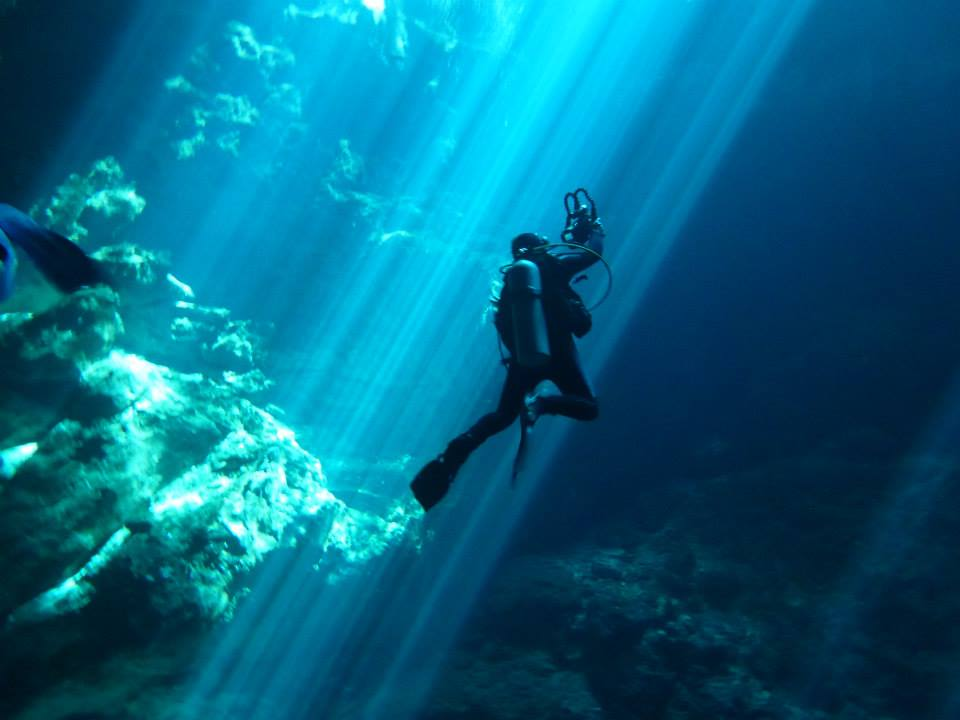 Cavern diving Pit
