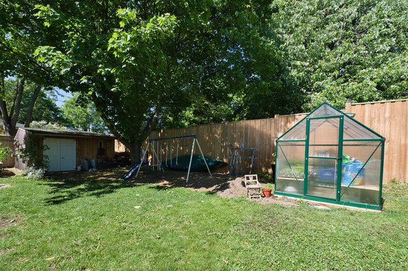 Backyard 2 - 1 Tanager For Sale
