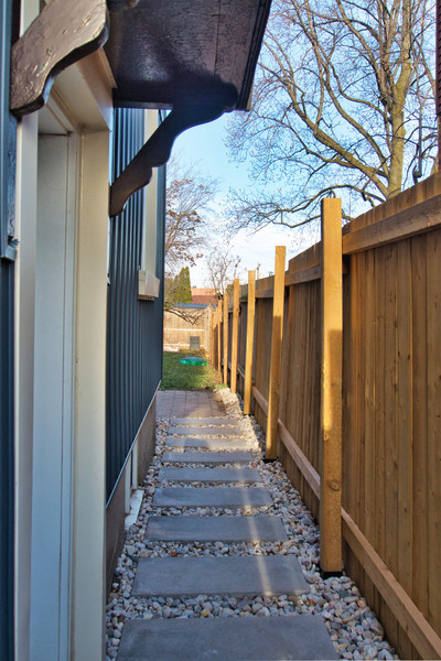Side Walkway - 410 Courtland Ave E