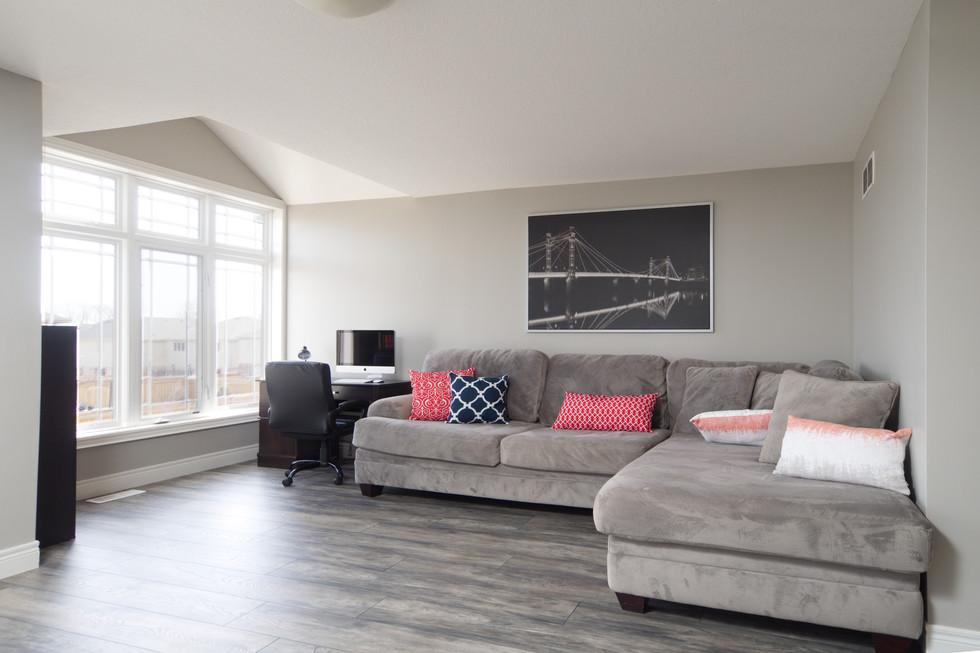 15 Greenwater - Loft Living Room 5