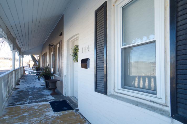 114 Queen St W - Front Porch