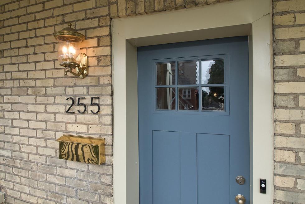 06 Front Door In 04.jpg