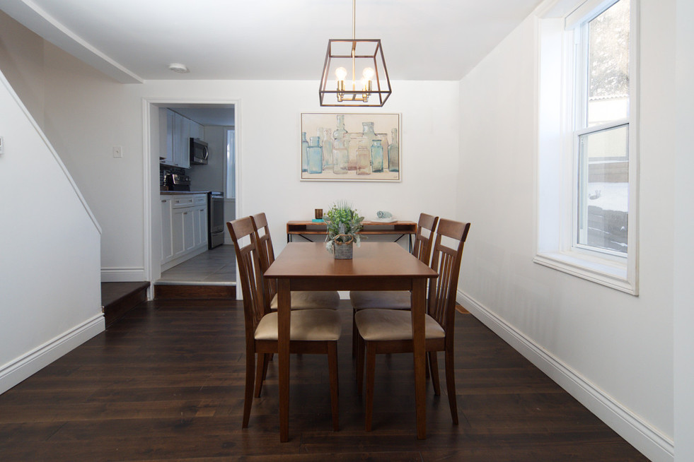 114 Queen St W - Dining Room