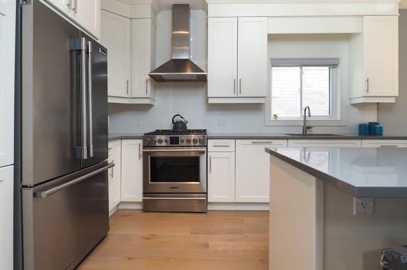 Kitchen 4 - 190 Eaglecrest Street - For Sale