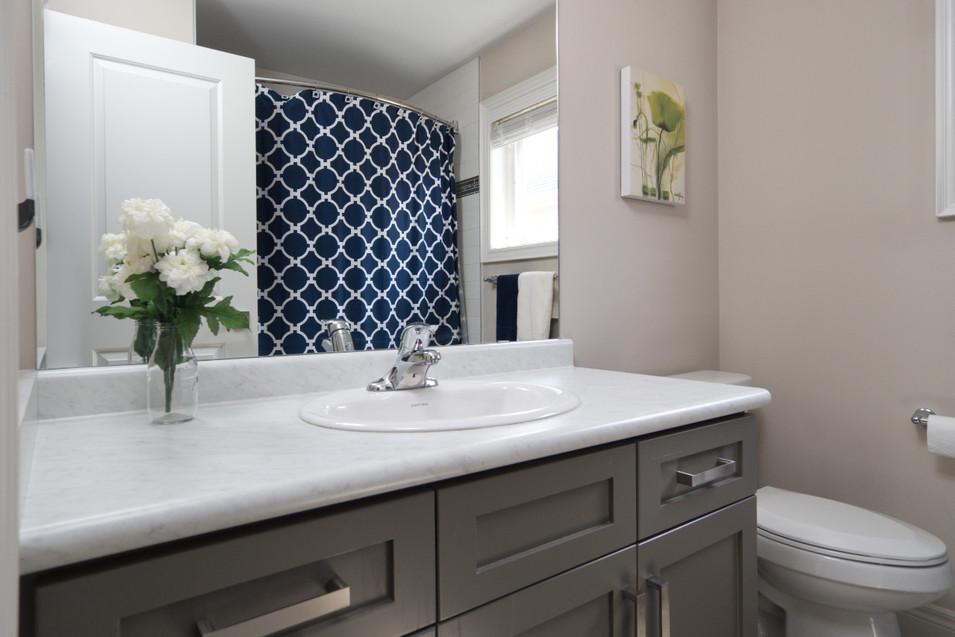 15 Greenwater - Bathroom 2