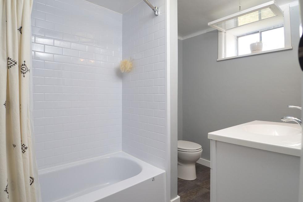 Bathroom - 17 Portland