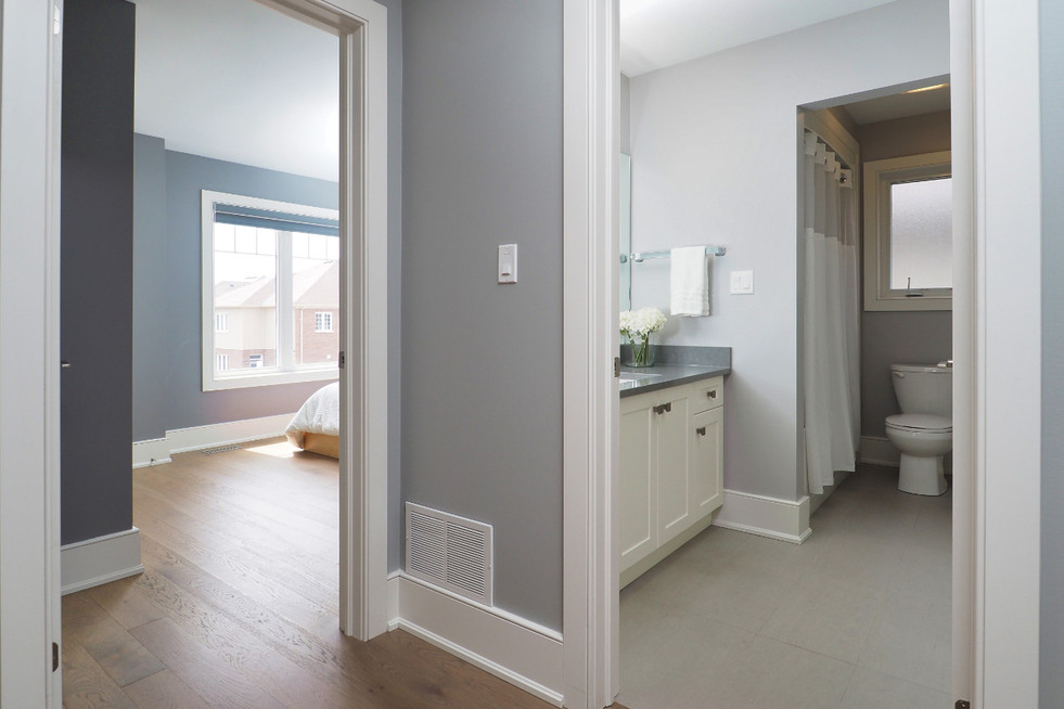 To bedroom - 190 Eaglecrest Street - For Sale